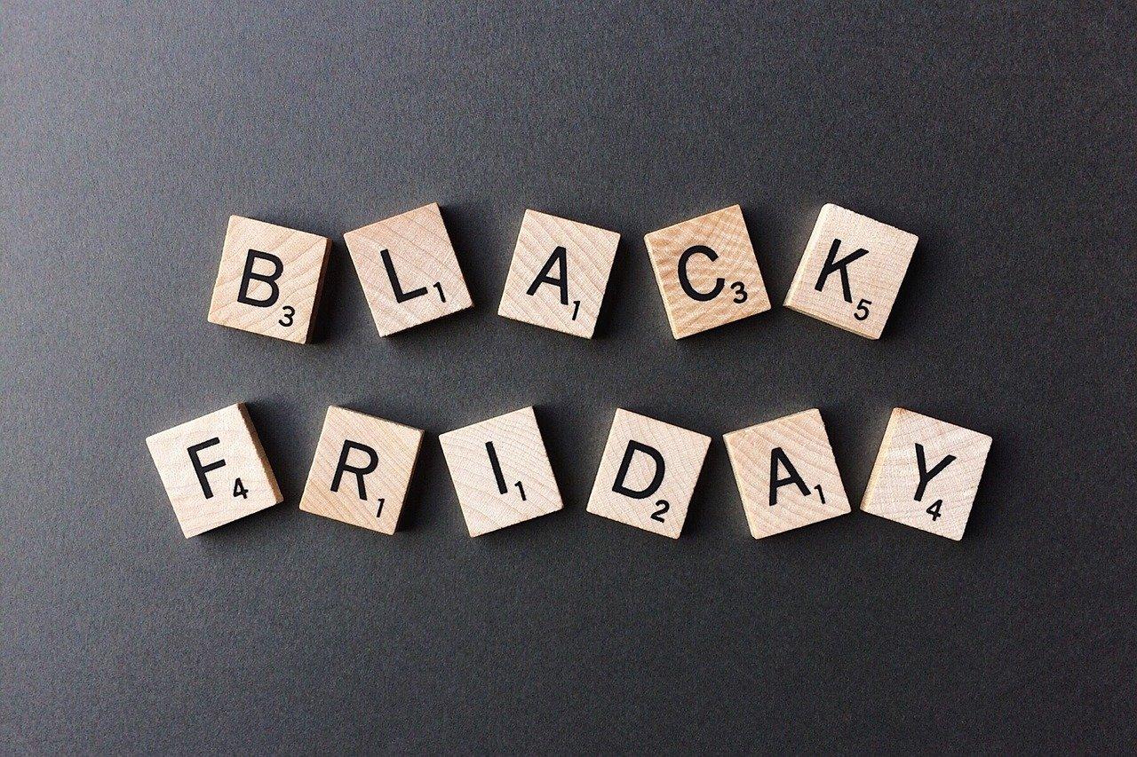 black friday, shopping, sale-2925476.jpg